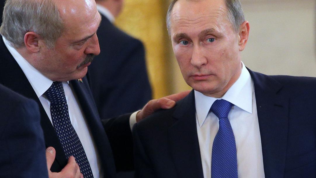 Лукашенко перепутал Путина с Медведевым в Минске - Ведомости