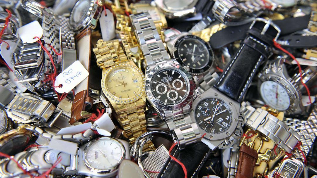 Часов покупка дорогих часы билетов работы фигур стоимость восковых музей