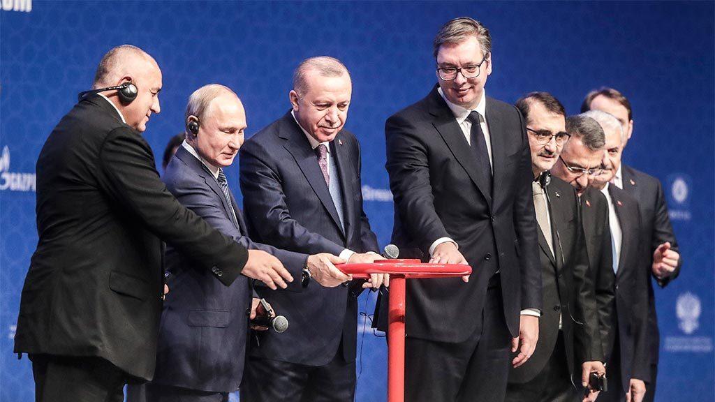 Как работает сырьевое эмбарго наложенное на Россию.