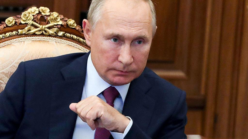 Президент Путин поручил выделить 5 млрд руб. на бесплатные лекарствами от ковида пациентам на амбулаторном лечении...
