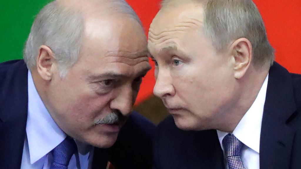 Белорусские нефтепродукты начали поступать в российские порты