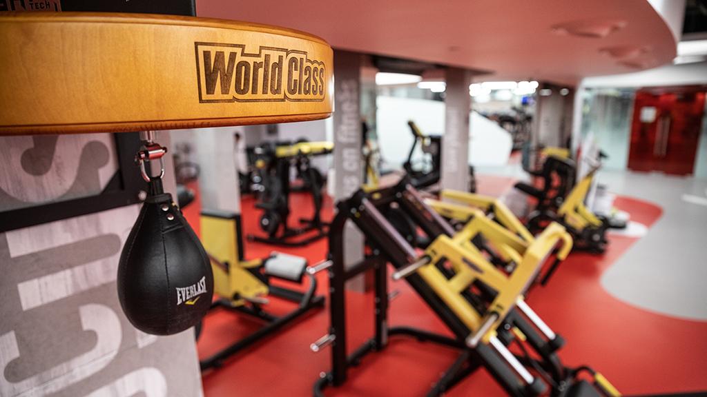 москва фитнес клубы закрыты